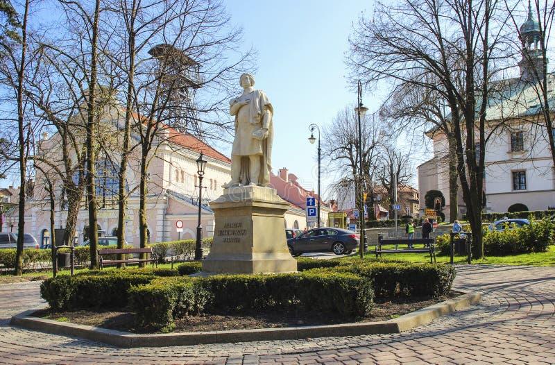 Monument av Adam Mickiewicz royaltyfri bild