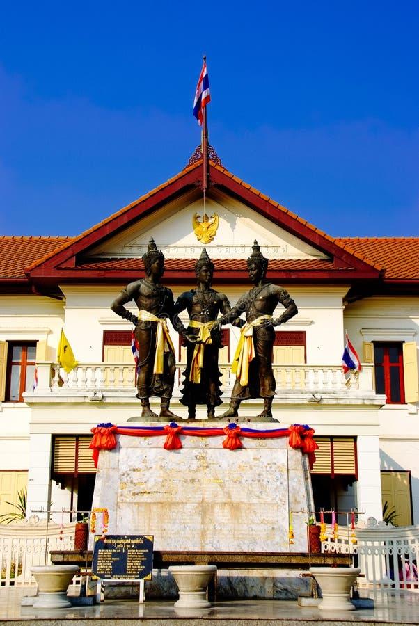 Monument av chiangmaien Thailand royaltyfri fotografi