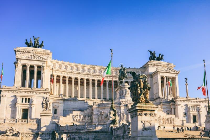 Monument av Victor Emmanuel - Rome, Italien arkivbild