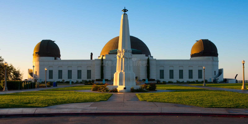 Monument d'astronomes en Griffith Park photos stock