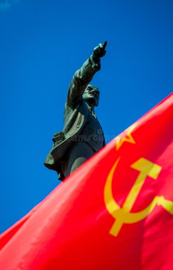 Monument de Lénine sur la célébration de Fête du travail le 1er mai image libre de droits