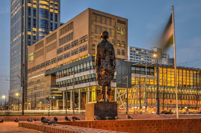 Monument de résistance au crépuscule photos stock