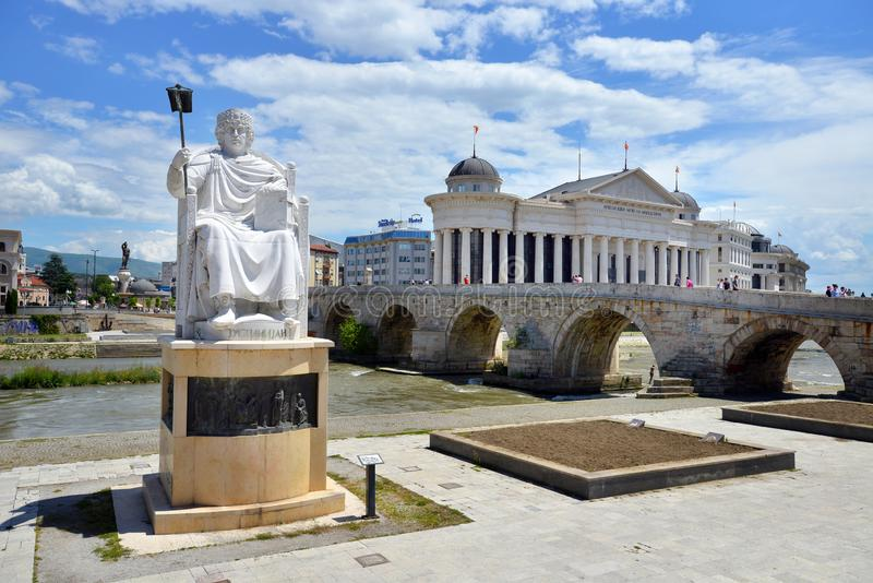 Monument de Roman Emperor Justinian à Skopje, Macédoine du nord photos stock