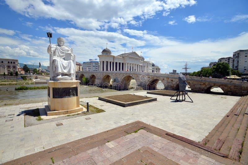 Monument de Roman Emperor Justinian à Skopje, Macédoine photographie stock libre de droits