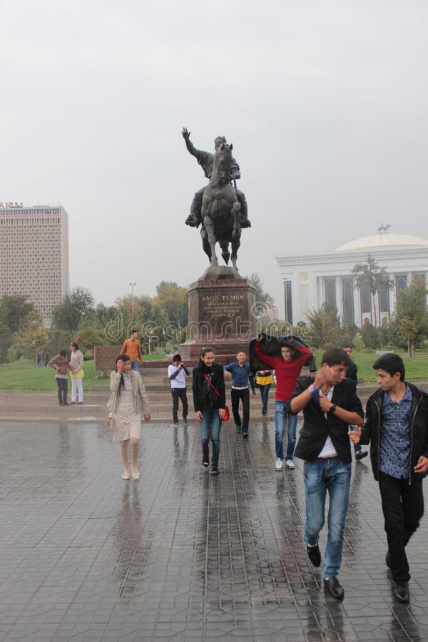 Monument de Timur Lenk à Tashkent photo libre de droits