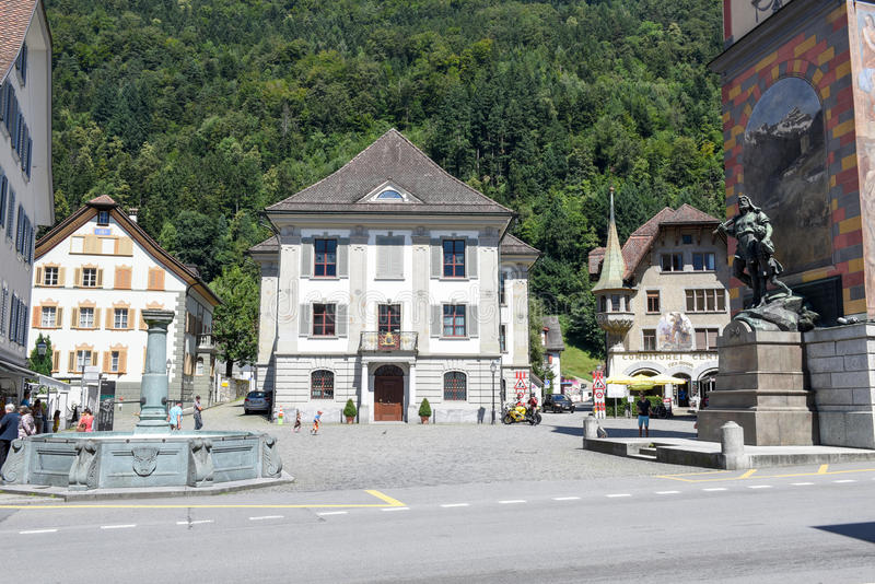 Monument de Wilhelm Tell sur la capitale cantonale d'Altdorf photo libre de droits