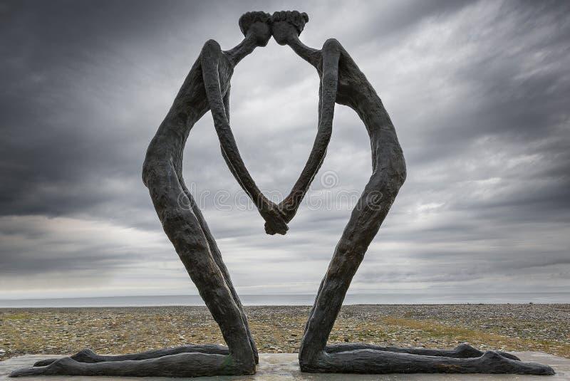 Monument der ersten Liebe auf der Promenade entlang dem Schwarzen Meer, in Batumi, Georgia stockbilder