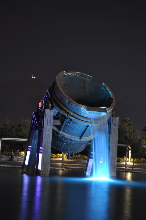 Monument en acier de seau images stock