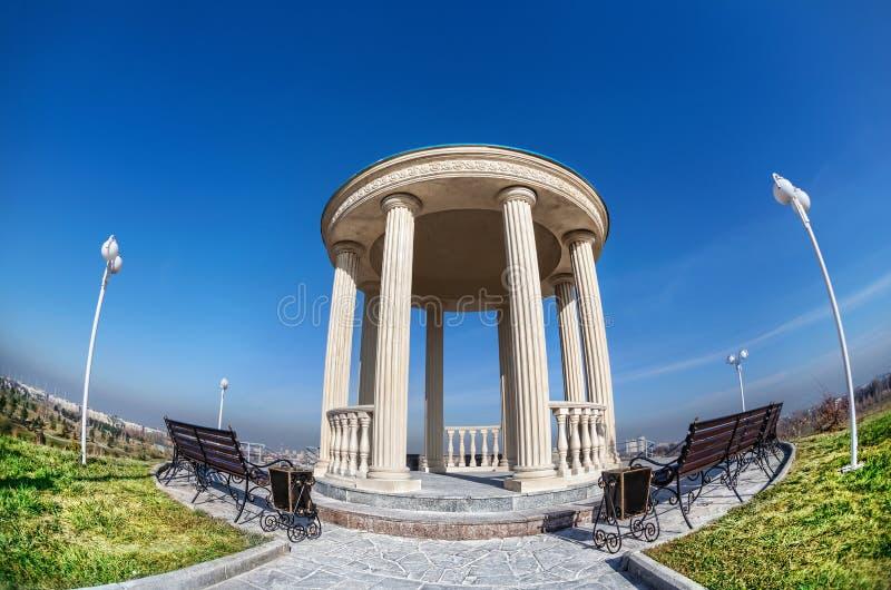 Monument en parc images stock