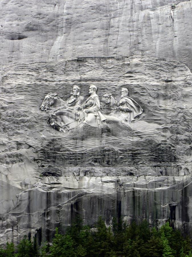 Monument en pierre de montagne photographie stock libre de droits