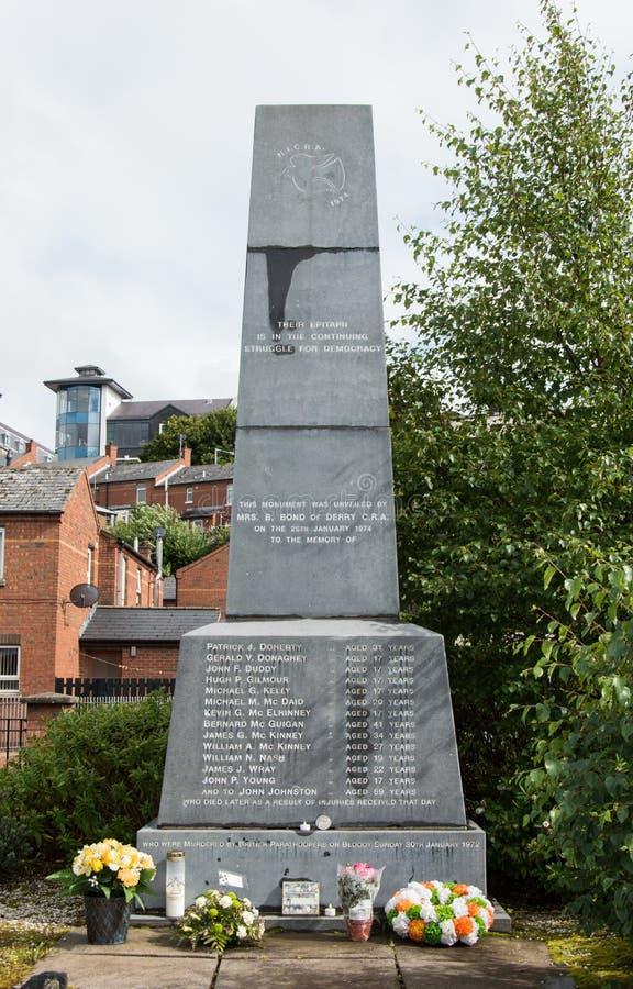 Monument ensanglanté de dimanche dimanche photos stock