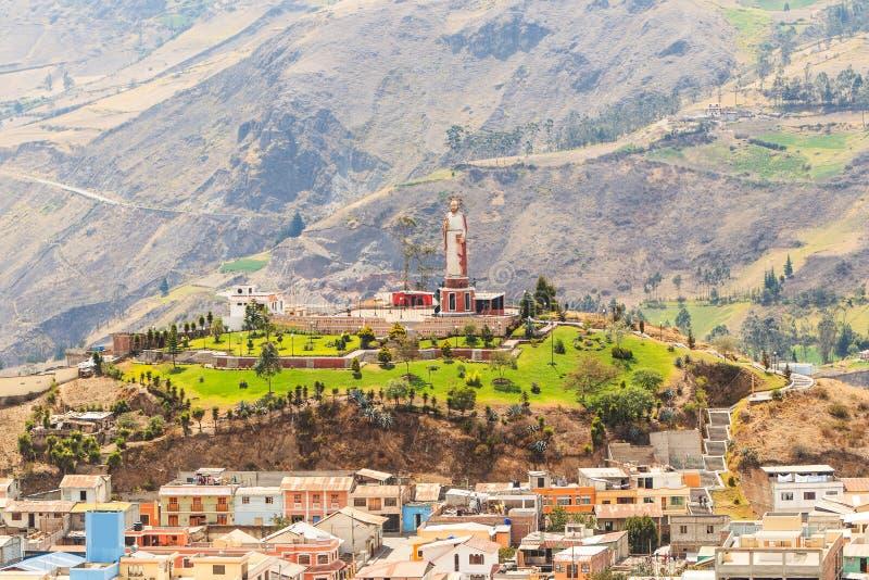 Monument Equateur de ville d'Alausi image libre de droits