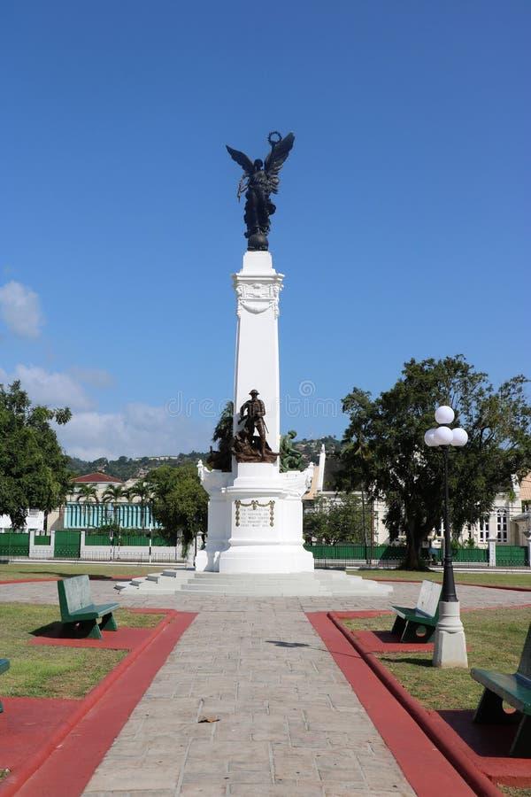 Monument Erinnerungs-Park– zum tapferen, Port-of-Spain, Trinidad und Tobago lizenzfreie stockbilder