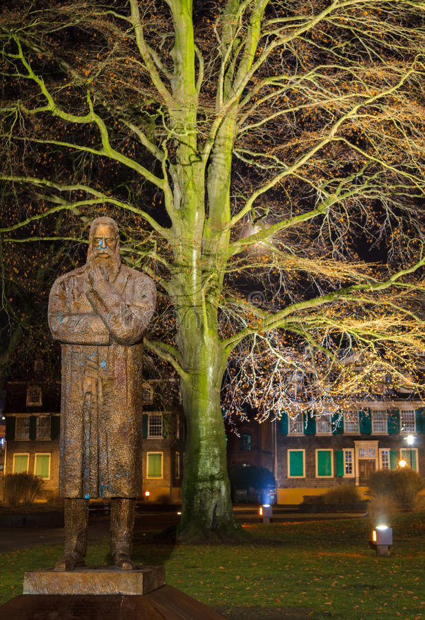 Monument för Friedrich Engel ` s royaltyfria foton