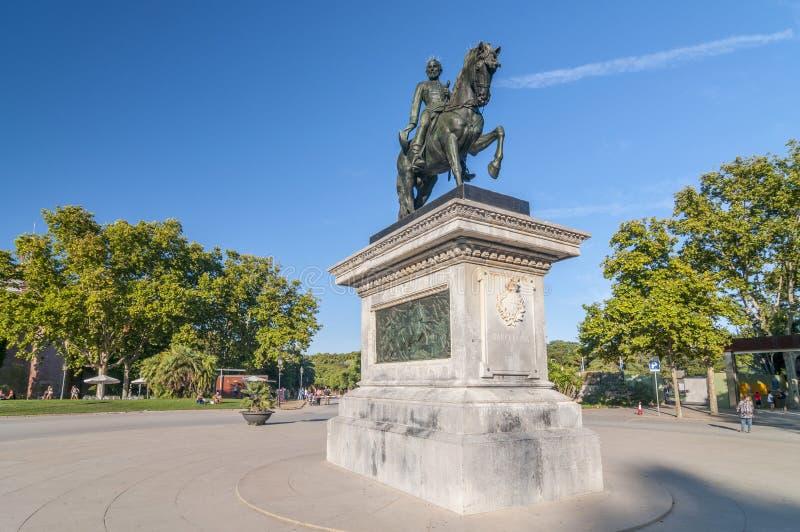 Monument för general Juan Prim, rid- staty, Parc de la Ciutadella, Barcelona, Catalonia, Spanien royaltyfri bild