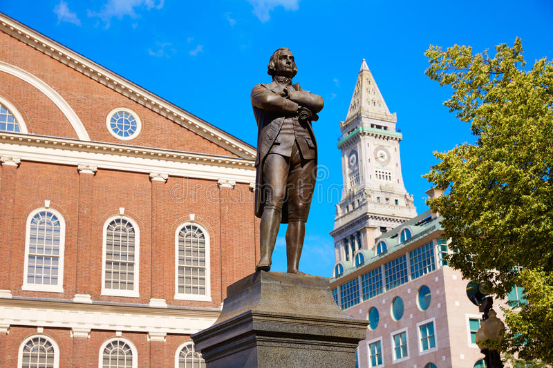 Monument Faneuil Hall de Boston Samuel Adams images libres de droits