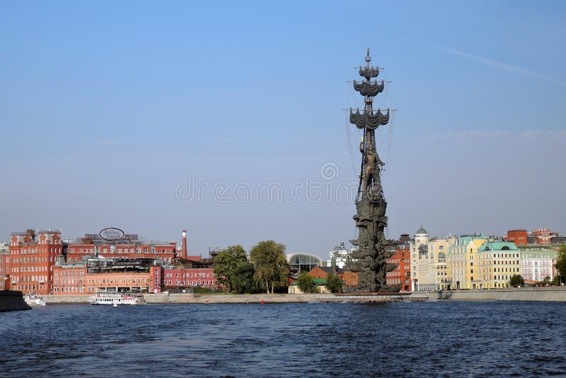 Monument in herdenking van de 300ste verjaardag van de Russische Marine royalty-vrije stock foto's