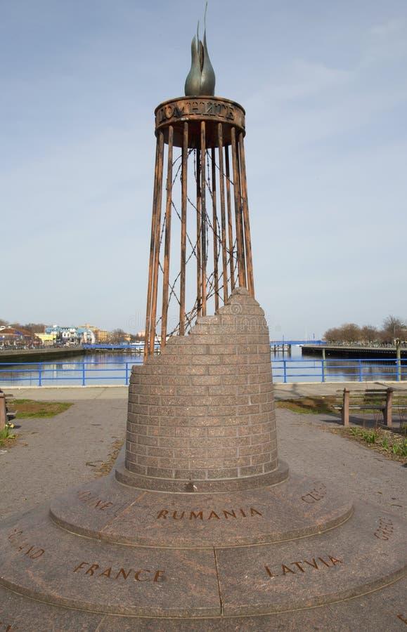 Monument in Holocaust Memorial Park in Brooklyn stock afbeelding