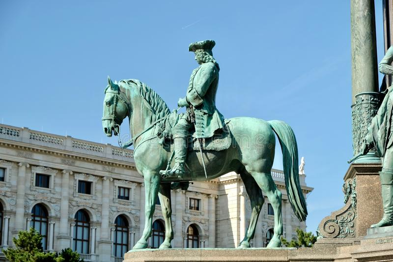 Monument i den centrala fyrkanten royaltyfri foto