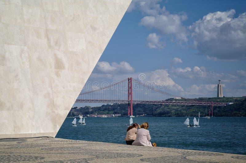 Monument i Lisbon fotografering för bildbyråer