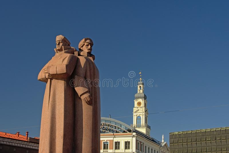 Monument letton de fusiliers à Riga images stock
