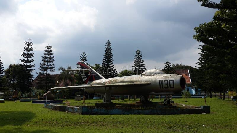 Monument Mig17 en Indonésie images libres de droits