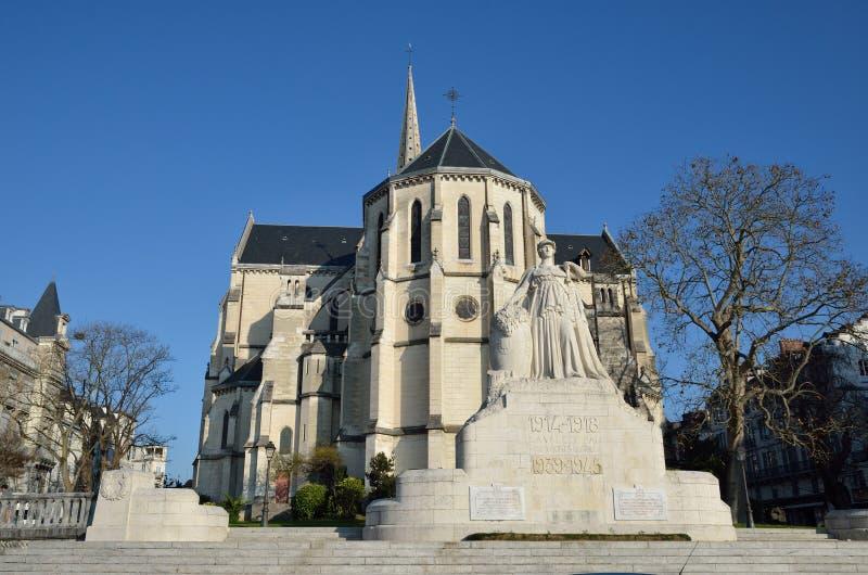 Monument Mort Pau royaltyfri fotografi