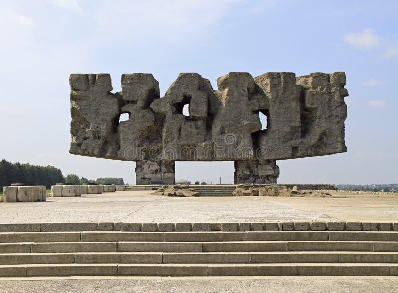 Monument in Museum` Majdanek concentratiekamp ` stock afbeeldingen