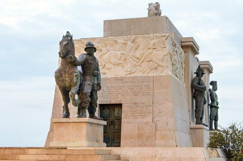 Monument nach Syrakus gefallen in Afrika Syrakus - Italien stockfoto