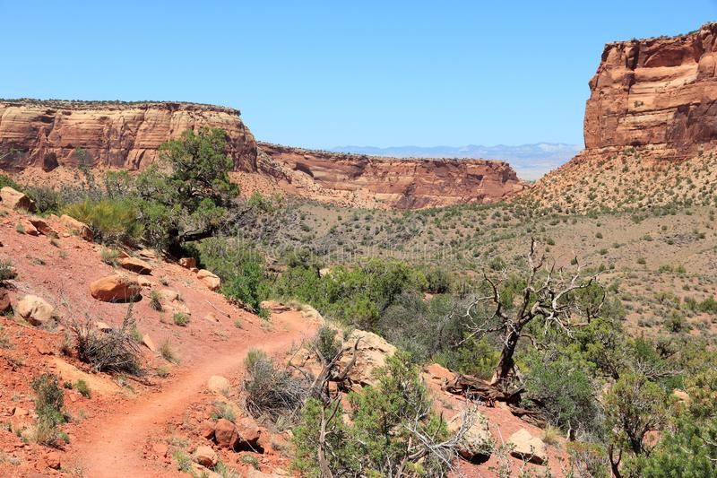 Download Monument National Du Colorado Photo stock - Image du rouge, landmark: 77161114