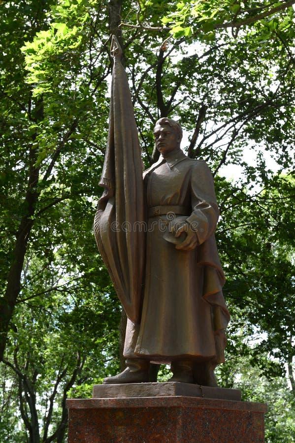 Monument op de herdenkingssteeg - de begrafenis van militairen doodde tijdens de bevrijding van Vitebsk stock fotografie