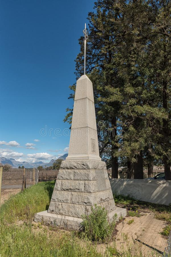 Monument pour les ancêtres de famille de Du Preez chez Paarl image libre de droits