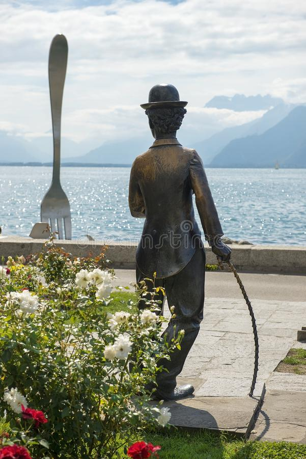 Monument till Charlie Chaplin i Vevey, Genève sjö, Schweiz arkivfoto