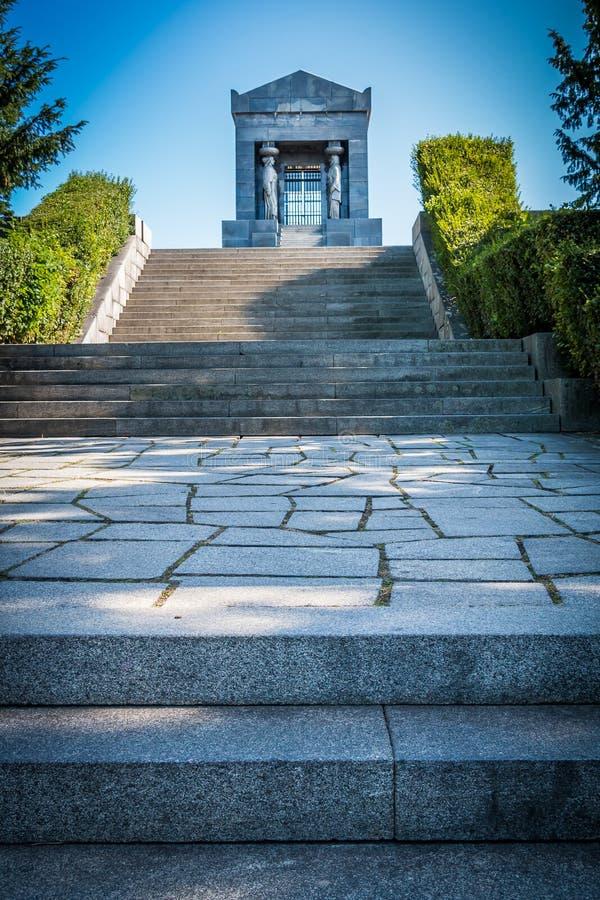 Monument till den okända hjälten, Serbien royaltyfria bilder