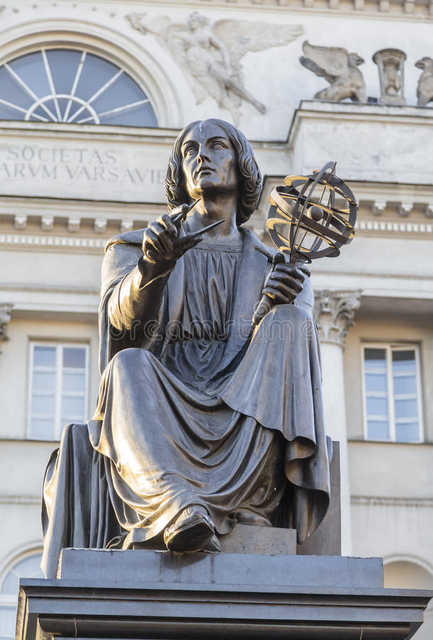 Monument till den stora forskaren Nicholas Copernicus royaltyfria foton