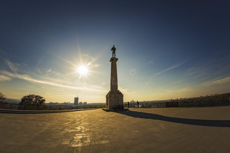 Monument till en segrare, Belgrade, Serbien royaltyfri fotografi