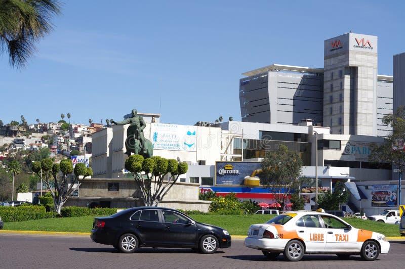 Monument till Ignacio Zaragoza i den Zona Rio de Janeiro i Tijuana fotografering för bildbyråer
