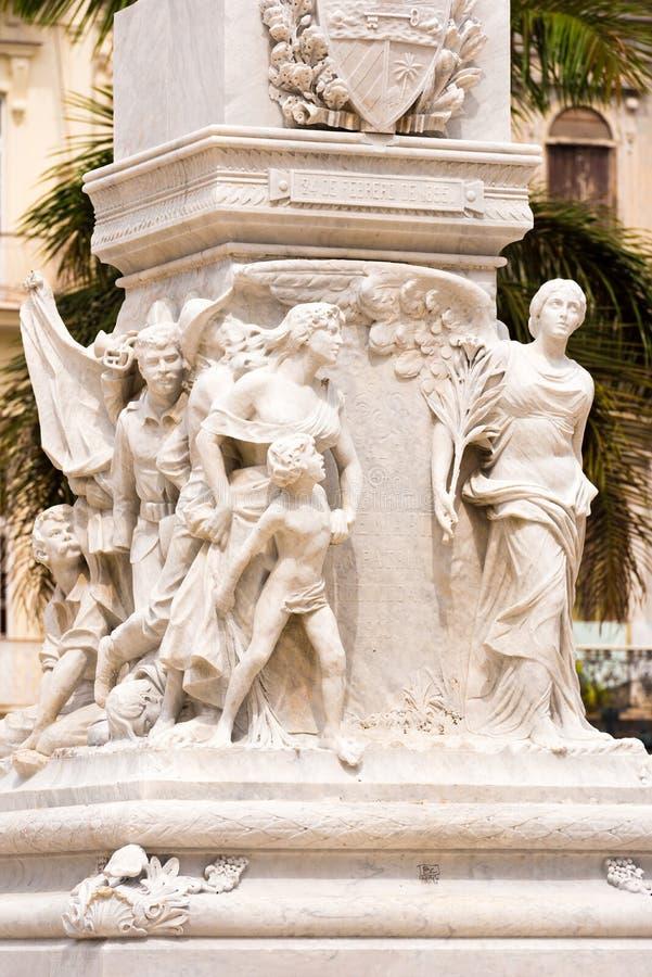 Monument till Jose Marti på Central Park av havannacigarren, Kuba Närbild vertikalt royaltyfria foton