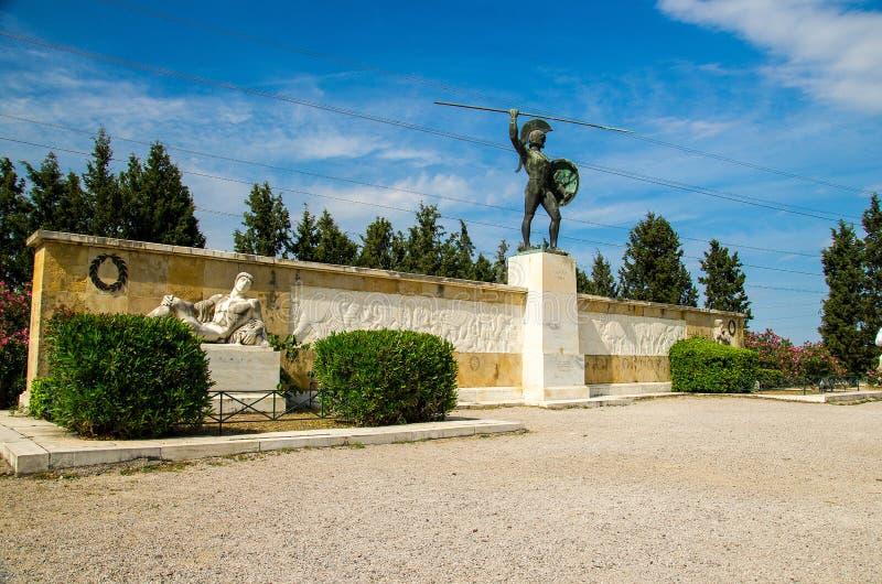 Monument till Leonid I och 300 Spartans i Thermopylae i Grekland royaltyfri fotografi