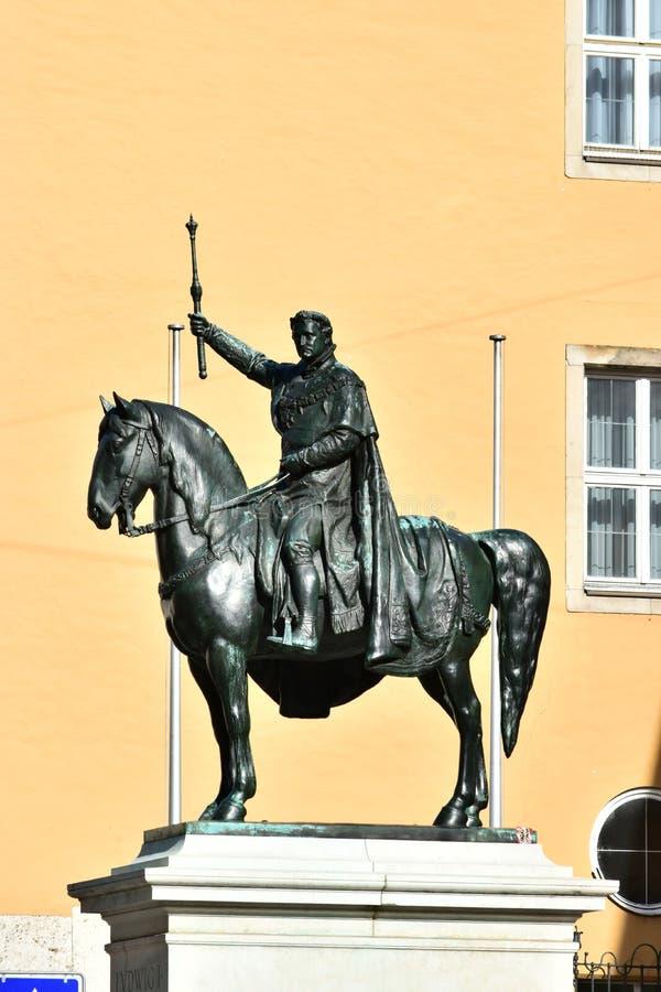 Monument till Ludwig I i Regensburg, Tyskland royaltyfri foto