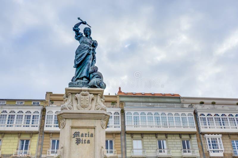 Monument till Maria Pita, en Coruna, Galicia, Spanien. fotografering för bildbyråer