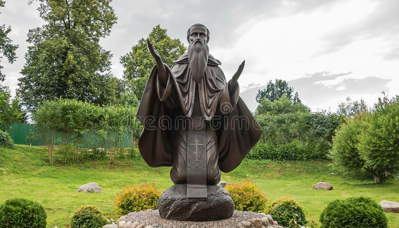 Monument till rysk klosterliv royaltyfria bilder