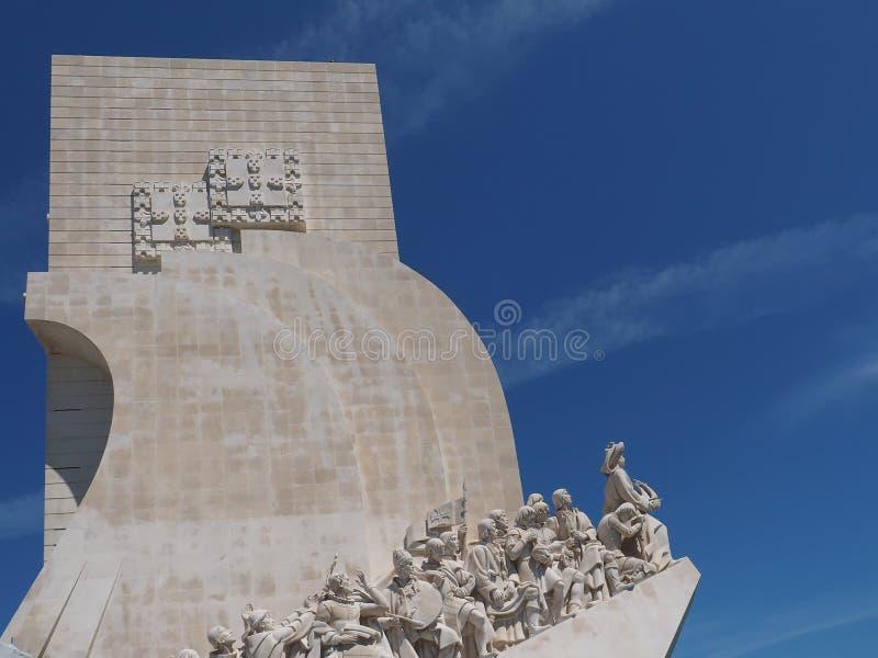 Monument till uppt?ckterna i Lissabon i Portugal arkivbilder
