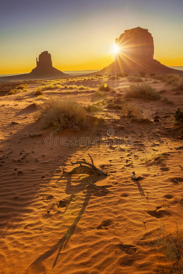 Download Monument Valley stock photo. Image of canyon, landscape - 31900558