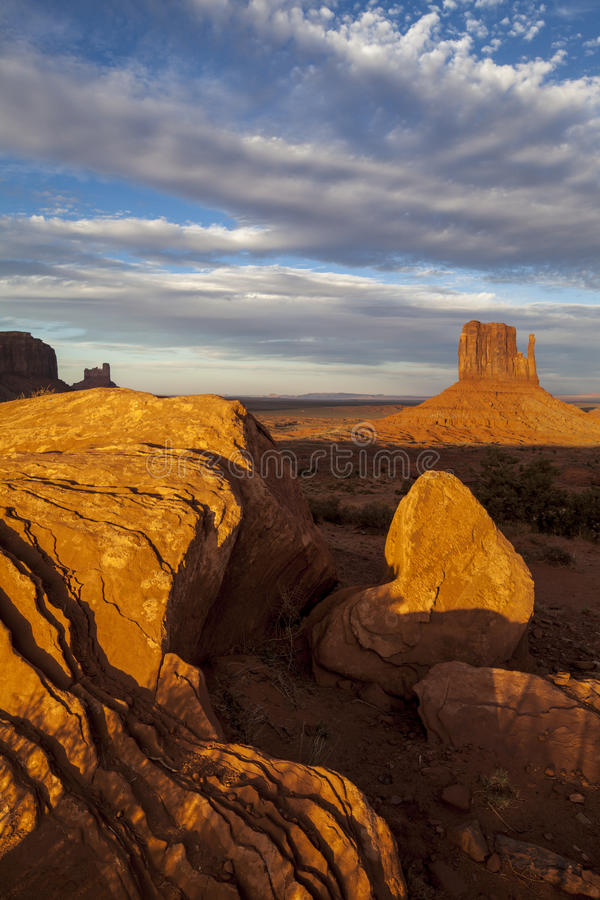 Download Monument Valley Utah stock image. Image of iron, buttes - 27685213
