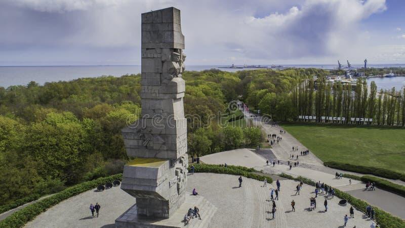 Monument Westerplatte zum Gedenken an polnische Verteidiger von einer Vogelschau stockbilder