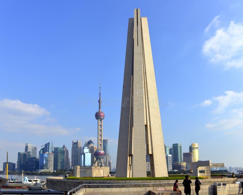 Monument zu den Leute ` s Helden stockbilder