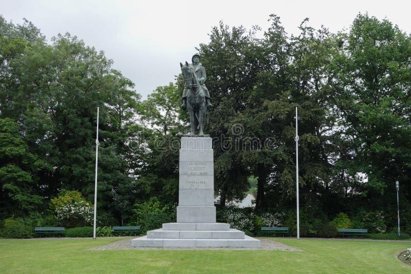 Monument zu König Albert und seine Armee in Brügge stockfoto
