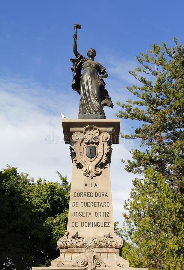 Monument zum corregidora I stockbilder