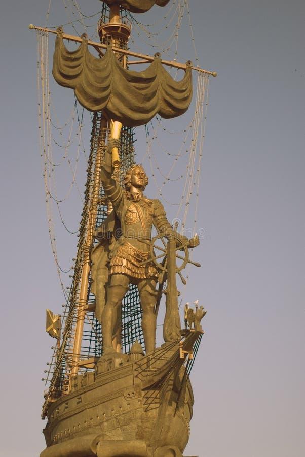 Monument zum Gedenken an den 300. Jahrestag der russischen Marine stockbilder
